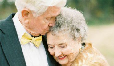 Związek to nie tylko zakochanie w młodym wieku. Ta para udowadnia, że można być szczęśliwym codziennie i to od 63 lat!