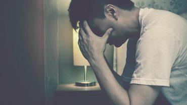 7 oznak, że ktos z twojego otocznie może mieć depresję. To poważna sprawa, której nie można lekceważyć!