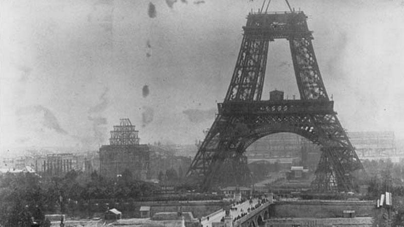 Te zdjęcia w niezwykły sposób ukazują historię XIX i XX wieku. Zobaczcie, jak wyglądał kiedyś świat