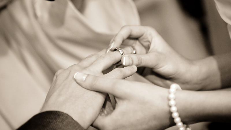 Poślub kogoś, kto...