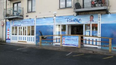 Niewielka irlandzka restauracja może pochwalić się bardzo nietypowym klientem, którym jest pewne morskie stworzenie