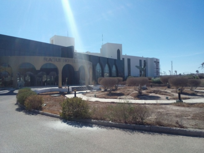 deserted-complex-raouf-hotels-9
