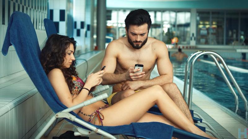 Jak bardzo social media powinny być obecne w życiu człowieka? Ten krótki i zabawny filmik pomoże wam znaleźć odpowiedź na to pytanie