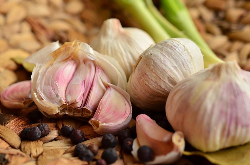 garlic-1336910_960_720