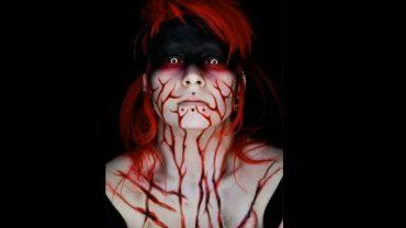 Dobry makijaż to podstawa przebrania na Halloween. Jeśli nie macie pomysłu jak się pomalować, na pewno zainspirują was te filmiki