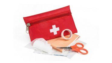 9 niebezpiecznych błędów, które są najczęściej popełniane przy udzielaniu pierwszej pomocy. Takie pomyłki mogą kosztować kogoś życie!