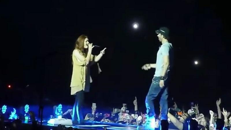 Artyści podczas koncertów pozwolili swoim fanom zanucić kilka taktów do mikrofonu, ale takich głosów z pewnością się nie spodziewali