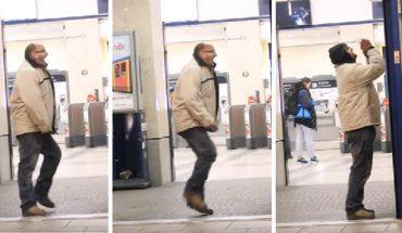 Reakcja pewnego bezdomnego na ofiarowaną mu kurtkę pokazuje, że nawet małymi gestami wsparcia można zmienić czyjś świat na lepsze