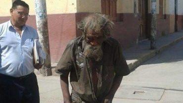 Gdy bezdomny schizofrenik przybył do ich miasteczka, nie pozostawili go samemu sobie, ale wyciągnęli pomocną dłoń