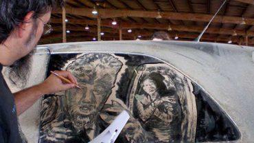 Śmiali się z brudnego samochodu swojego kumpla. Wtedy zjawił się ten mężczyzna i sprawił, że opadły im szczęki!