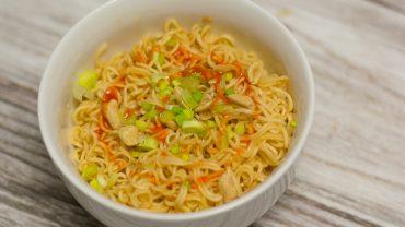 Zupka chińska w stylu tajskim