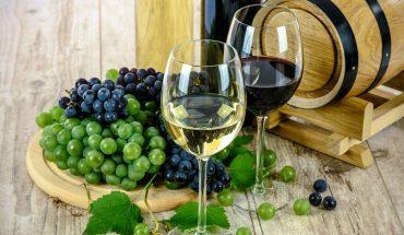 Jeśli lubicie wino, koniecznie musicie wybrać się do Włoch, gdzie zainstalowano fontannę, z której przez 24-godzinny płynie czerwony trunek i to za darmo!