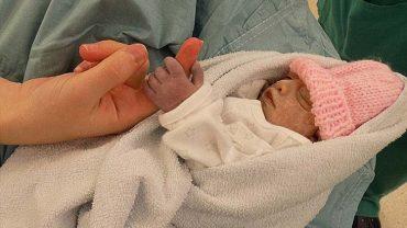 Dowiedzieli się, że ich synek umrze zaraz po porodzie. Wtedy zrobili coś, co zainspirowało ponad 6 tysięcy ludzi!
