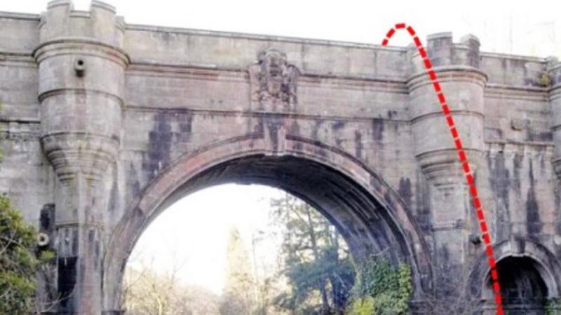 Ten most przeraża właścicieli psów. Co jakiś czas rozgrywają się na nim sceny mrożące krew w żyłach!