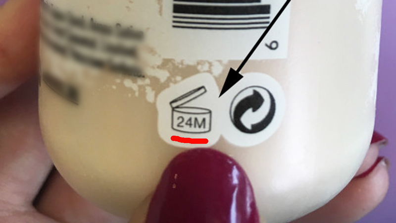 Ten znaczek widniejący na kosmetykach jest bardzo ważny! Szkoda, że mało kto przywiązuje do niego wagę