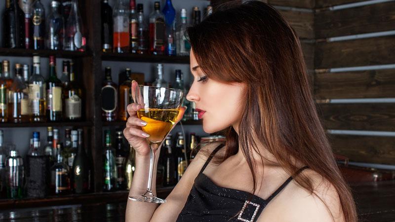 Ten drink może uratować twoje życie. Zanim go zamówisz koniecznie to przeczytaj