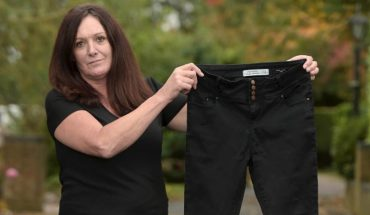 Ledwo wcisnęła się w spodnie i poszła na imprezę… Kilkanaście godzin później była bliska amputacji nóg!