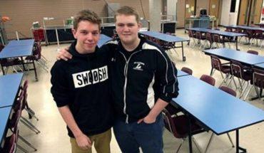 Licealista ratuje życie krztuszącego się kolegi. Po tym zdarzeniu usłyszał o nim cały świat