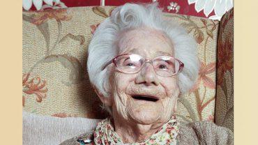 W 104 urodziny spytali ją, jaki jest sekret długowieczności. Nigdy nie zgadniecie, co odpowiedziała!
