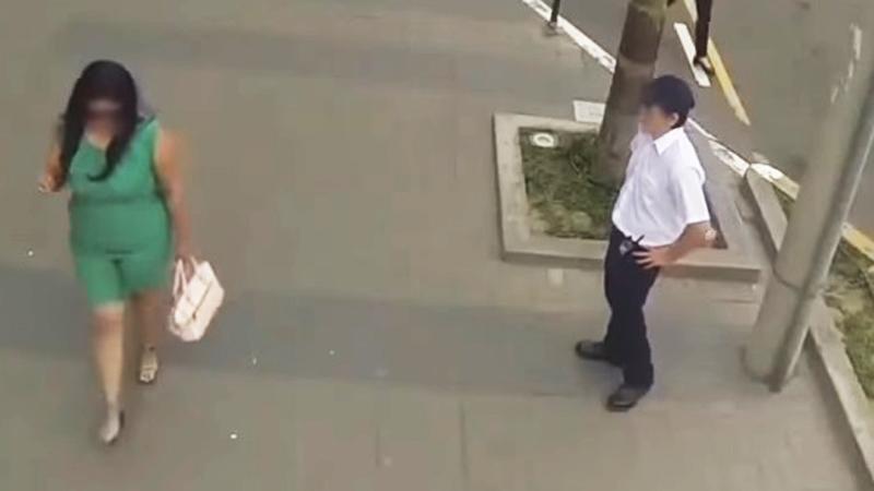 Ubrali matki w seksowne stroje, aby dać nauczkę ich synom, którzy wulgarnie zaczepiali kobiety na ulicy. To trzeba zobaczyć!