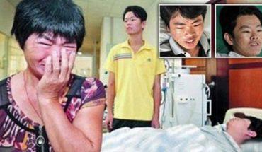 Matka musiała wybierać któremu synowi odda nerkę. Obaj potrzebowali jej, aby przeżyć! Jak myślisz, komu ofiarowała narząd?