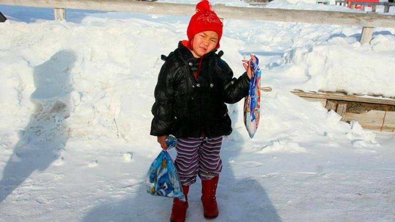 4-latka przeszła 8 km w 25-stopniowym mrozie, by uratować babcię! Czy to współczesny Czerwony Kapturek?