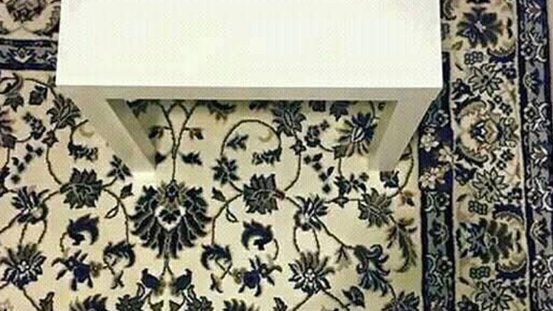 Na tym dywanie leży telefon komórkowy. Tylko kilka procent ludzi potrafi go dostrzec! Sprawdź, czy też Ci się uda go zobaczyć