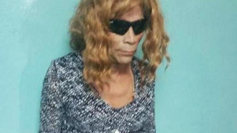 Morderca przebrany za kobietę chciał wydostać się z więzienia. Uwagę strażników przykuł jeden szczegół!