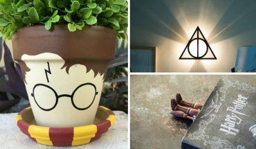 Pierwsza książka o przygodach Harry'ego Pottera właśnie kończy  20 lat! Z tej okazji prezentujemy gadżety związane z powieścią, które powinien mieć każdy fan
