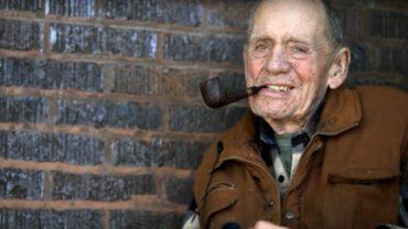 Żył skromnie w domu opieki, gdy zdradził, że jest milionerem, nikt mu nie wierzył, do czasu, gdy wydał wszystkie pieniądze na wspaniały cel