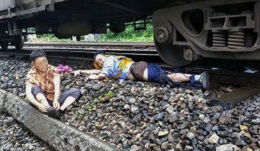 29-latek ratując starszą kobietę przed kołami rozpędzonego pociągu, sam stracił nogę. Dla mężczyzny to był pierwszy dzień pracy na kolei…