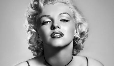 MarilynMonroe była nie tylko piękną, ale i mądrą kobietą. Niestety nie potrafiła odnaleźć się w naszym świecie i dziś możemy już tylko wspominać jej słowa