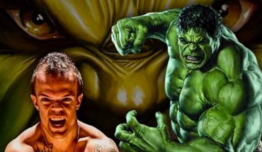 """Okrzyknięto go """"Mini Hulkiem"""", bo choć niski, nie warto z nim zadzierać! Historia Vince'a inspiruje, do tego, by nigdy nie porzucać marzeń"""