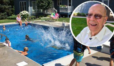 Zamiast przeganiać dzieci sąsiadów zbudował dla nich basen. Wszystko po to, by nie czuć się samotnie po śmierci żony