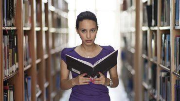 Niezwykle trafne cytaty o nauce i szkole, które obnażają ciekawą prawdę o edukacji człowieka
