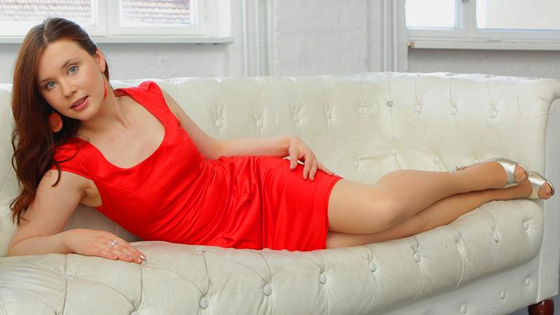 Atrakcyjna dziewczyna szukała bogatego męża. Odpowiedź, jaką dostała od jednego bankiera, po prostu zwala z nóg!