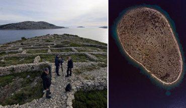 Chorwacka wysepka Baljenac na pierwszy rzut oka niczym się nie wyróżnia. Jej niezwykłość widać dopiero z góry – to wielki odcisk palca!