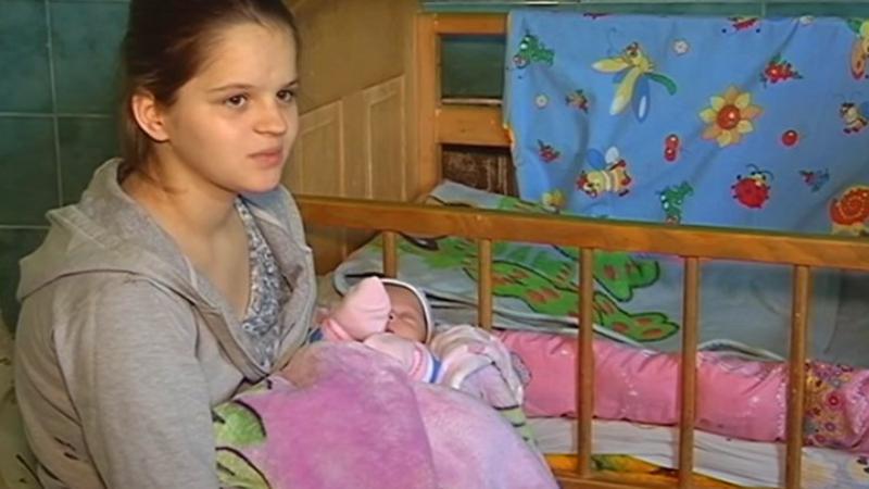 12-letnia dziewczynka urodziła dziecko! Wszyscy wstrzymali oddech, gdy wyszło na jaw, kto jest ojcem noworodka