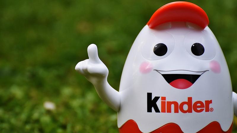 Kinder oskarżony o dyskryminację. Zarzuty wobec producenta jajek niespodzianek to czysty absurd. Poprawność polityczna najwyraźniej wymknęła się spod kontroli...