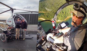 """Osobista tragedia zmotywowała Marka do zmiany życia. Wózek inwalidzki zamienił na helikopter, którym """"wozi"""" niezwykłych pasażerów"""