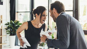 """10 zachowań i postaw, których kobiety """"alfa"""" wymagają od swoich mężczyzn"""