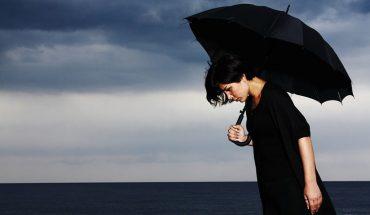 8 symptomów ukrytej depresji, której każdy może doświadczyć. Rozejrzyj się wokoło, czy ktoś nie potrzebuje twojej pomocy