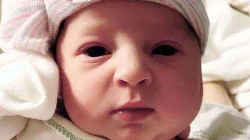 Emma została poczęta w 1992 roku, ale urodziła się dopiero teraz! Poznajcie dziewczynkę, która ponad ćwierć wieku czekała na własne narodziny