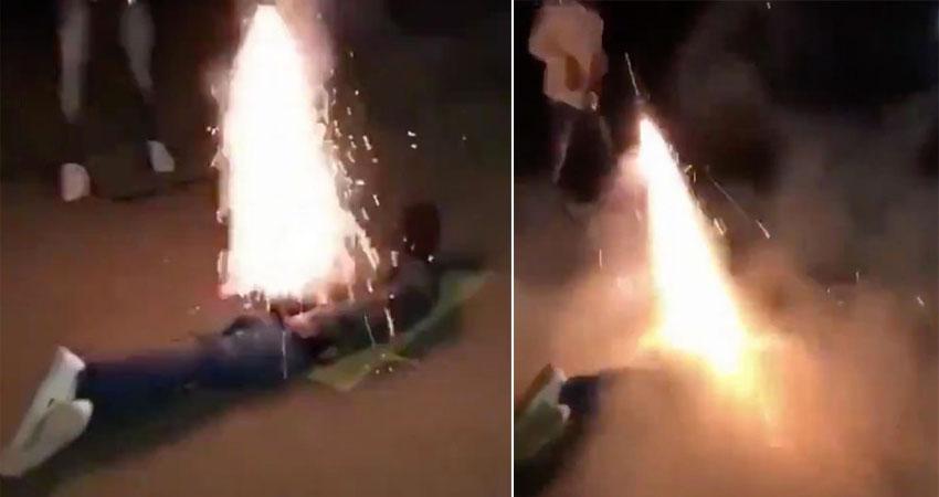 Za świetny i śmieszny pomysł uznali odpalenie fajerwerka w zadku kolegi, to nie mogło skończyć się dobrze!