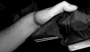 7 popularnych oszustw, które zawsze działają. Nie daj się nabrać na te stare sztuczki – naiwna wiara może kosztować cię naprawdę dużo