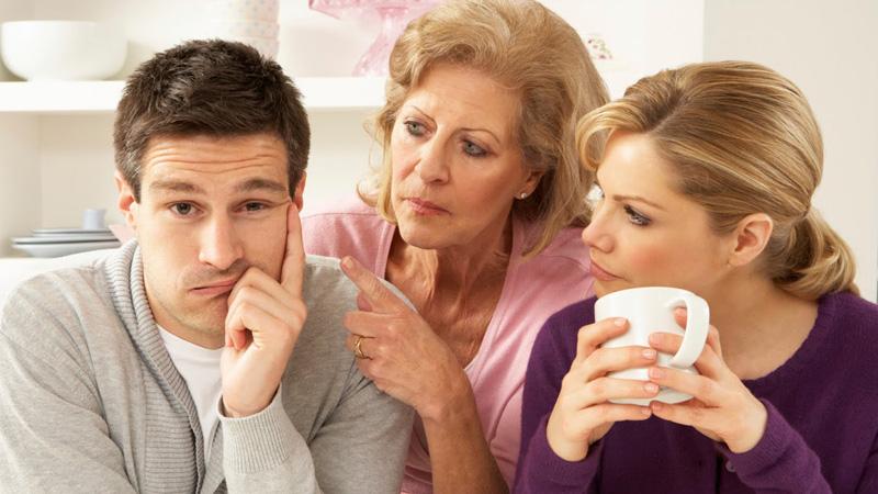 Kobieta poprosiła o radę, jak namówić syna, by ten zdecydował się na dzieci. Takiej odpowiedzi z pewnością się nie spodziewała