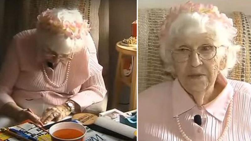 94-letnia staruszka kupiła reklamę w TV, żeby podzielić się ze światem ważną wiadomością. Jej treść to zaledwie 3 słowa