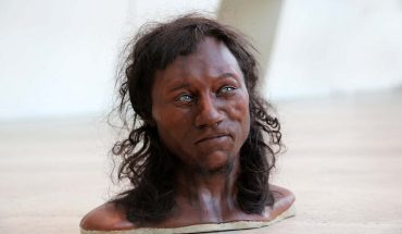 Dzięki badaniom DNA odtworzono wygląd Człowieka z Cheddar. Mężczyzna sprzed 10 000 lat wygląda zupełnie inaczej, niż zakładano, a jego gen ma co 10 Brytyjczyk