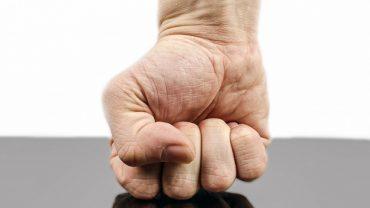9 sposobów, które pomogą ci kontrolować swój gniew i radzić sobie z nim w stresowych sytuacjach