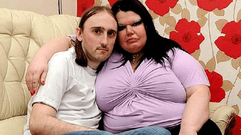 """""""Bije — wtedy kocha"""": mąż najbardziej zazdrosnej kobiety na świecie opowiada o swoim życiu. Aż mam ciarki na plecach…"""